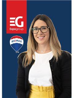 Sónia Santos - Membro de Equipa Isabel Veiga Cabral - RE/MAX - Expo