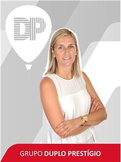 Broker/Owner - Lara Lemos - RE/MAX - Duplo Prestígio