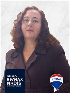 Patrícia Cazelgrandi - Parceria com Maria Amorim - RE/MAX - Madis