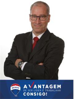 Lettings Advisor - Nelson Santos - RE/MAX - Vantagem Urban