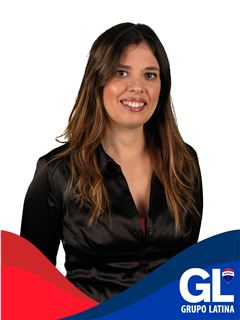Cathia Manuel - Equipa Isabel Reis e Isabel Rodrigues - RE/MAX - Latina II