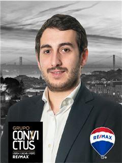 Tomás Sousa - RE/MAX - ConviCtus