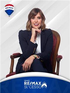 Cristina Carvalho - Chefe de Equipa Cristina Carvalho - RE/MAX - Sucesso