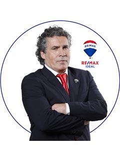 José Eduardo Abegoaria - RE/MAX - Ideal