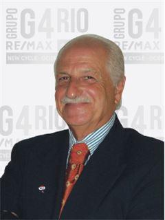 Manuel Azevedo - Membro de Equipa  A J A - RE/MAX - G4 Rio
