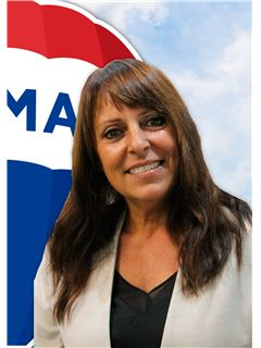 Paula Aguiar - RE/MAX - Elite