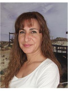 Rosária Pereira - RE/MAX - Movimento
