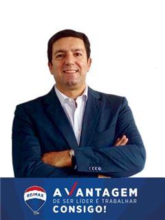 João Bernardino - RE/MAX - Vantagem Central
