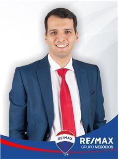 Pedro Oliveira - RE/MAX - Negócios II