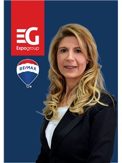 Mafalda Flores - RE/MAX - Expo