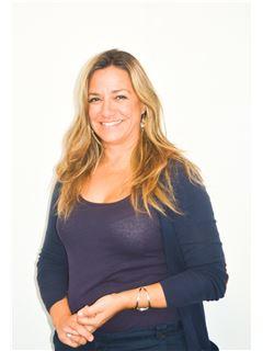 Mónica Gonçalves - Diretora de Expansão - RE/MAX - Albufeira Smart