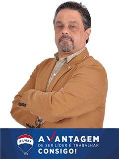 Licensed Assistant - José Freitas - Assistente de Leonilde Carrilho - RE/MAX - Vantagem Gaya