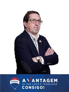 Viriato Assunção - RE/MAX - Vantagem Central