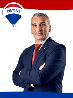 Broker/Owner - Ernesto Nogueira - RE/MAX - Mosteiro
