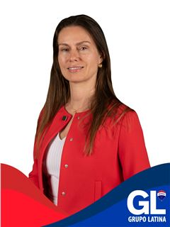 Valéria Bueno - RE/MAX - Latina Consulting