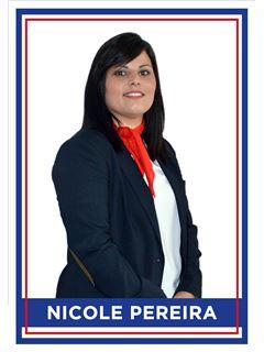 Office Staff - Nicole da Câmara Pereira - RE/MAX - 4 You