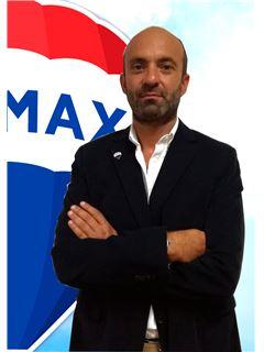 Ricardo Azevedo - RE/MAX - Elite II