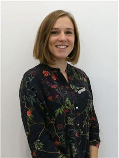 Office Staff - Joana Monteiro - RE/MAX - Montanha
