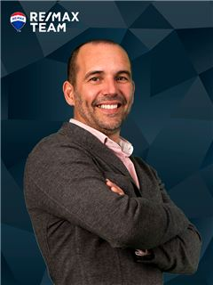 Broker/Owner - Nuno Mourão - RE/MAX - Team III