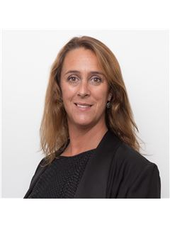 Marta Costa - RE/MAX - Valor
