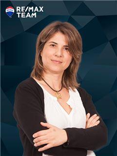 Silvia Gonçalves - RE/MAX - Team
