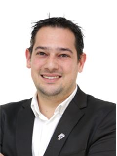 Fernando Carvalho - RE/MAX - White