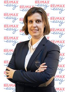 Office Staff - Ana Belchior - RE/MAX - Easy River