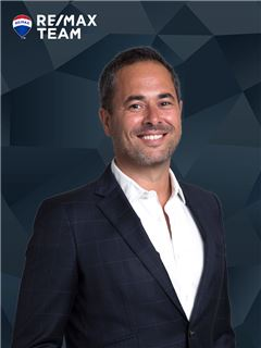 Broker/Owner - Nuno Amaro - RE/MAX - Team III