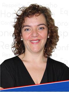 Office Staff - Susana Falcão - RE/MAX - Ideias II