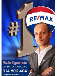 Flávio Figueiredo - Equipa SF - Sophie Orme e Flávio Figueiredo - RE/MAX - Magistral 2
