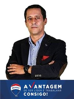 Salvador Gomes - RE/MAX - Vantagem Central