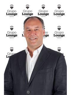 Broker/Owner - Nuno Mendes - RE/MAX - Lounge III