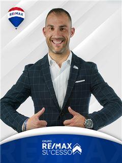 Carlos Gomes - Chefe de Equipa Carlos Gomes - RE/MAX - Sucesso