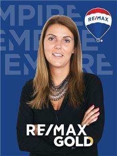 Paula Soares - RE/MAX - Gold