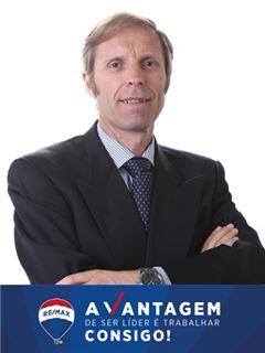 André Cyrne de Castro - RE/MAX - Vantagem Atlântico