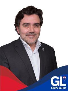 Broker/Owner - João Pedro Soares Marques - RE/MAX - Latina Litoral