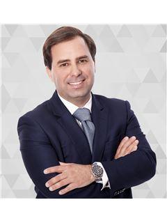 Francisco Carlos - RE/MAX - Time