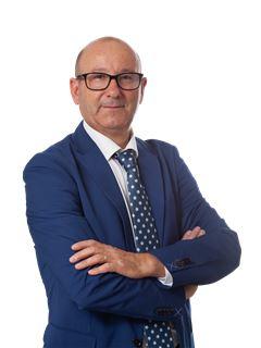 Manuel Costa - RE/MAX - Trust II