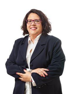Office Staff - Cláudia Bordadágua - RE/MAX - Trust II