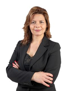 Gina Domingues - RE/MAX - United II