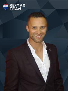 Tiago Pereira - Chefe de Equipa Tiago Pereira - RE/MAX - Team