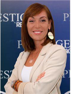 Clara Morais Vieira - RE/MAX - Prestige