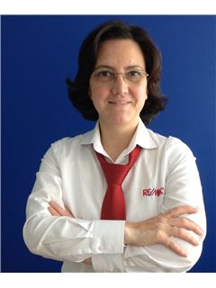 Team Manager - Teresa Gaio - RE/MAX - Altitude