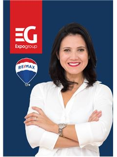 Lisiane Martins - RE/MAX - Costa Do Sol