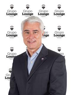 Broker/Owner - José Calhau - RE/MAX - Lounge III