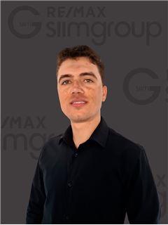 Carlos Knopp - RE/MAX - SiimGroup Capital