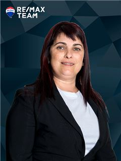 Cristina Silva - RE/MAX - Team V