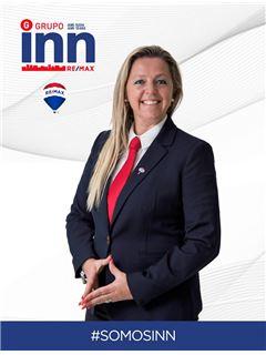 Carla Carreira - Chefe de Equipa Carla Carreira - RE/MAX - Inn