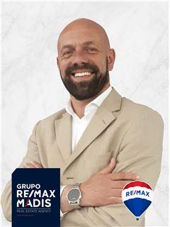 Mário Pereira - Chefe de Equipa Mário Pereira - RE/MAX - Madis
