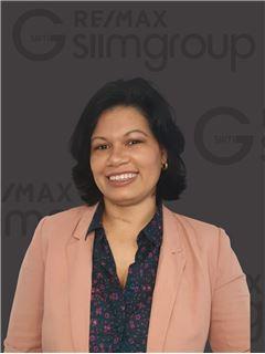 Sara de Menezes - RE/MAX - SiimGroup Capital
